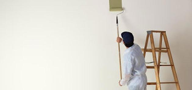 5 modi per imbiancare casa con decorazioni di pregio for Antimuffa per pareti