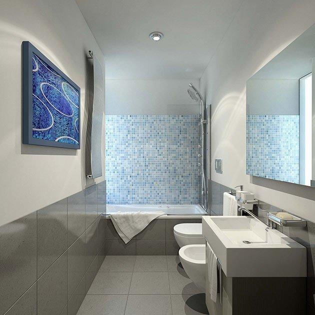 bagno moderno con mosaici