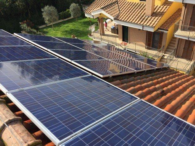 pulire pannelli fotovoltaici
