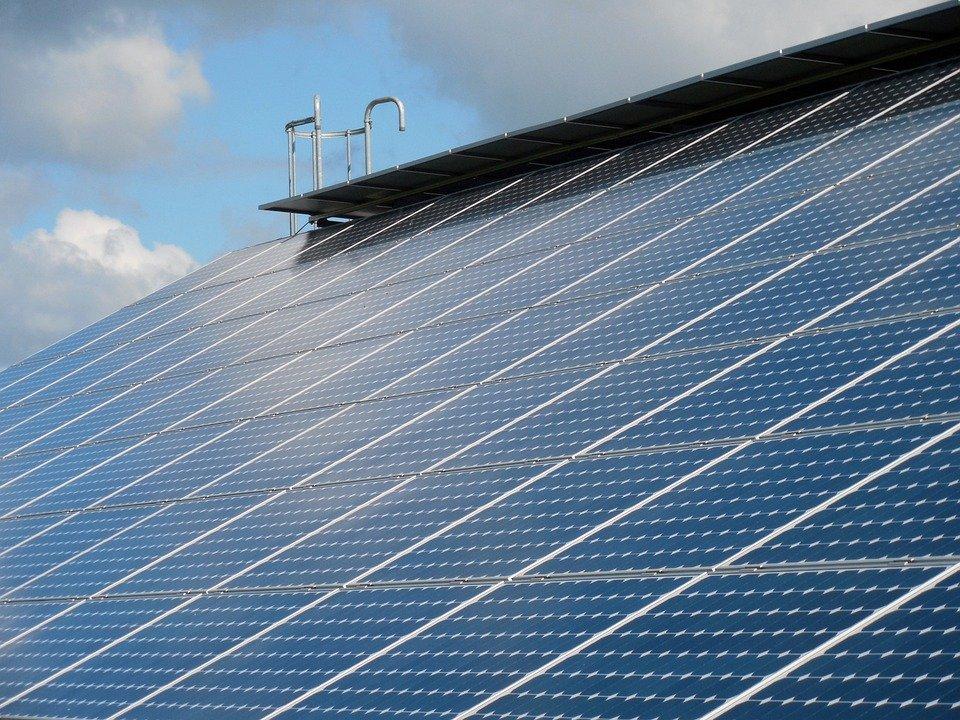pulizia dei pannelli solari