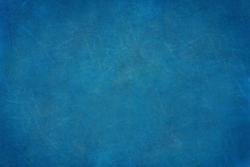 imbiancare casa blu